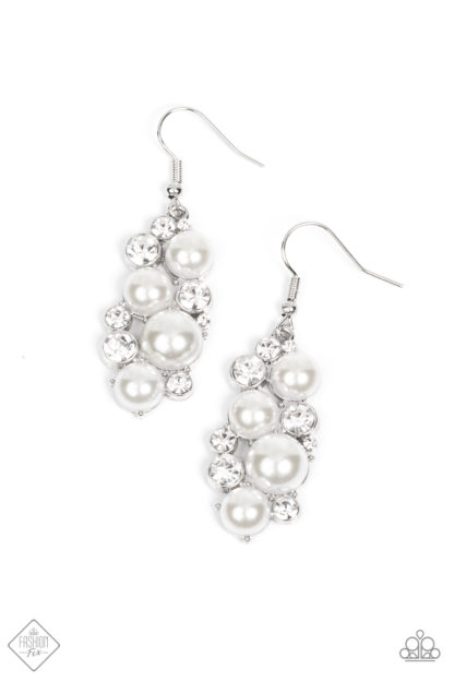 Fond Of Baubles White